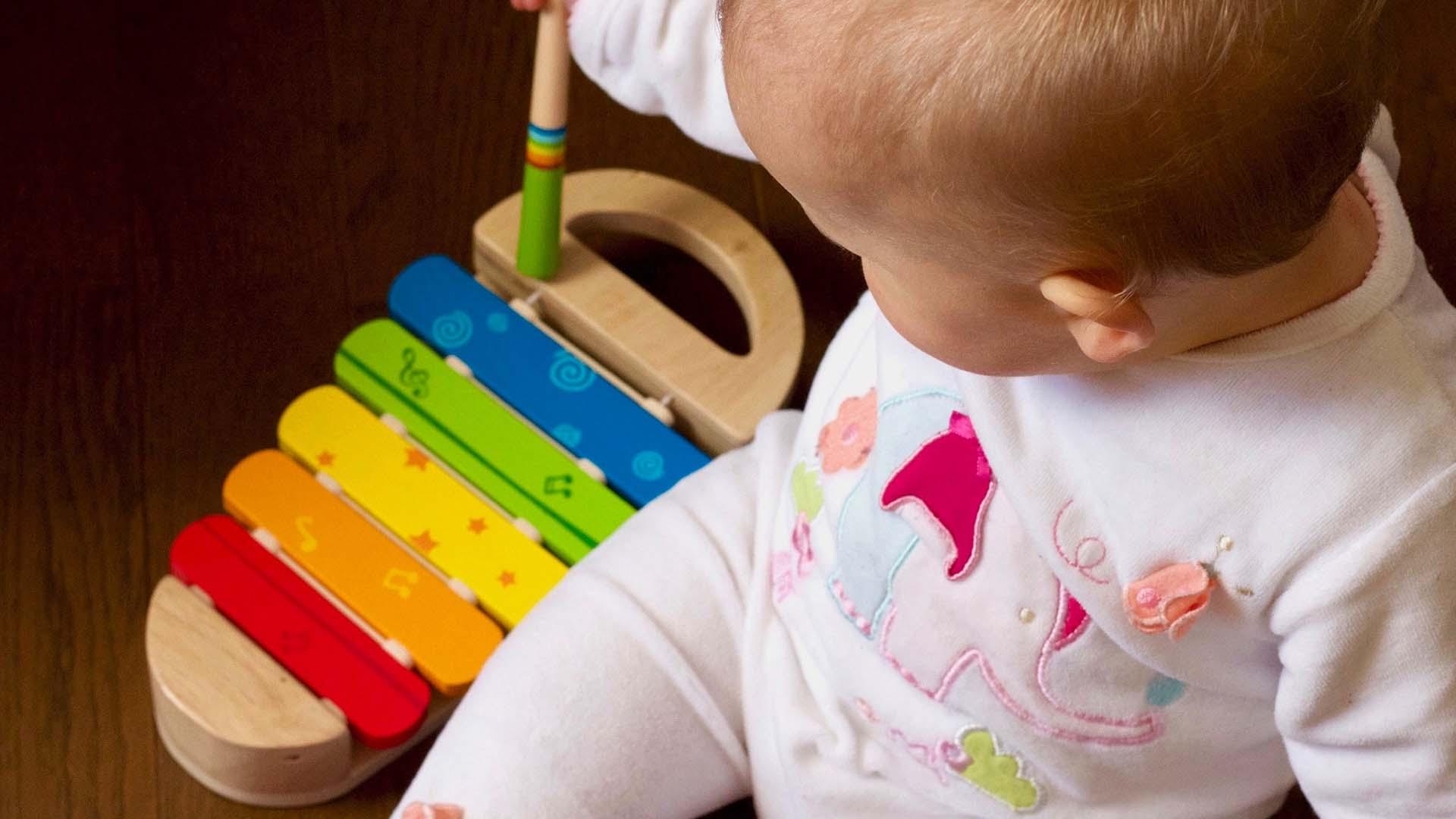 آموزش موسیقی به کودکان ( اُرف )